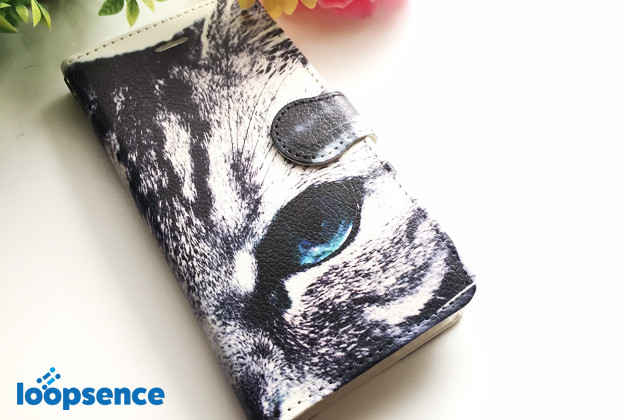 青い目のアメショ。猫フォトデザイン。オリジナルスマホケース手帳型No.15